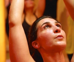 Hot Power Yoga 60 min - YogaStyle Paris