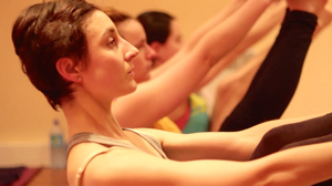 Hot Power Yoga 90 min - YogaStyle Paris
